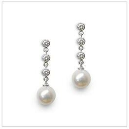 Japanese Akoya Cultured Pearl Earring  Drop with 3 Diamonds in 18K Gold