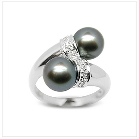Jasmin a Black Body Japanese Akoya Cultured Pearl Ring