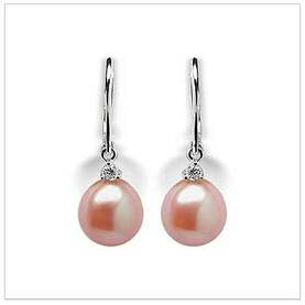 Peach Nora a Freshwater Pearl Earring