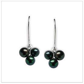 Black Pearl Earring Sweet Berry Japanese Akoya Cultured