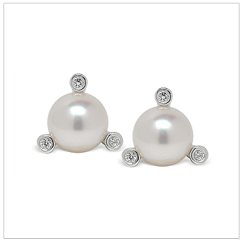 Meka a Japanese Akoya Cultured Pearl Earring