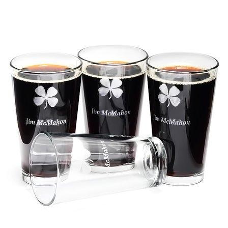 Personalized Irish Shamrock Pint Glass Set