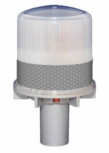 Solar Warning Light for Channels, Construction Sites and Work Zones - Constant Operation