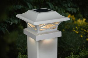 Kingsbridge White Dual Lighted Solar Post Cap