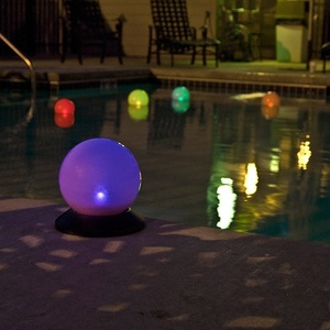 "Smart Globe Solar Light 6"" diameter solar globe light that floats on water"