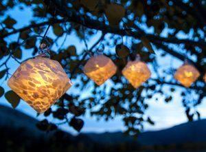 Aurora Glow Solar Glass String Lights White Diamond