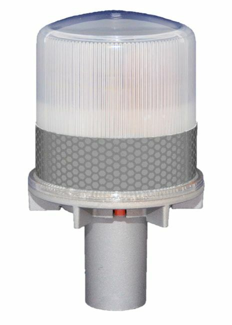 Solar Warning Light for Channels, Construction Sites and Work Zones - Flashing Operation
