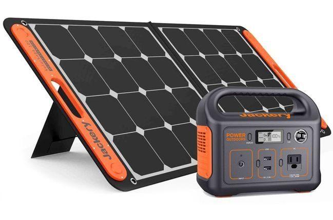 Jackery Explorer 290 Solar Generator Kit
