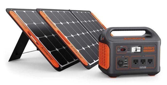 Jackery Explorer 1000 Portable Solar Generator Kit - Two 100 Watt Solar Saga Panels