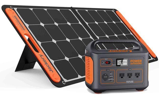 Jackery Explorer 880 Solar Generator Kit