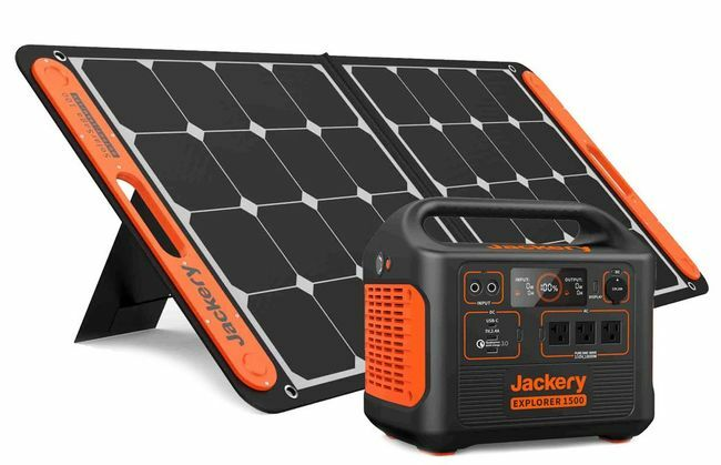 Jackery 1500 Solar Generator Kit - Featuring the SolarSaga 100 Watt Panel