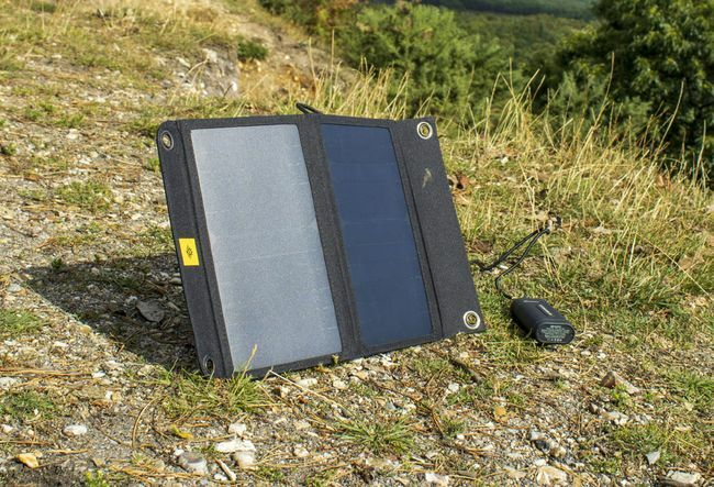 Kestrel 40 Solar Charger and Integrated Battery