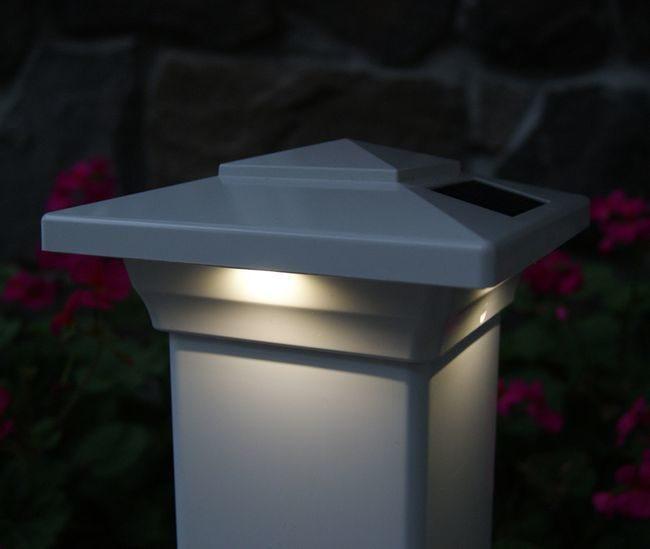 Classy Caps Windsor Solar Post Cap Light