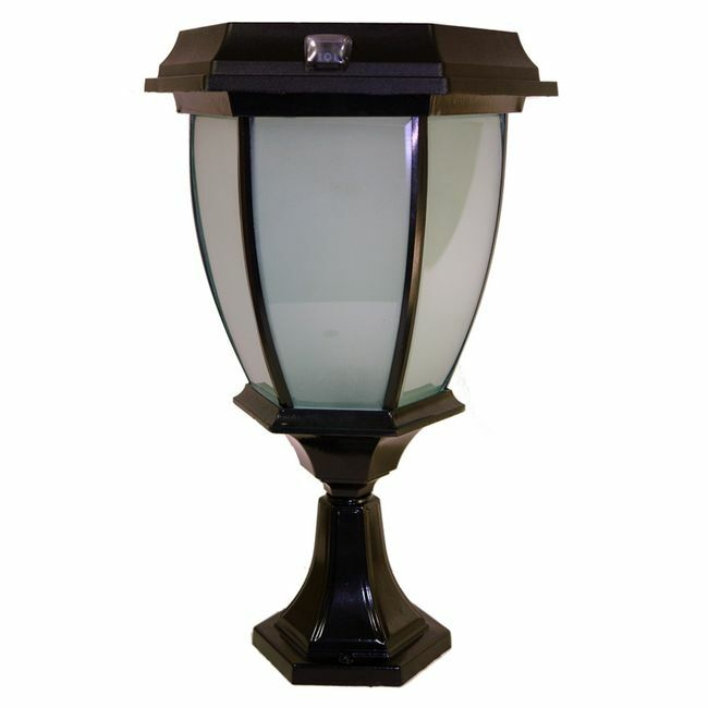 Solar Coach Lamp with Base Mount