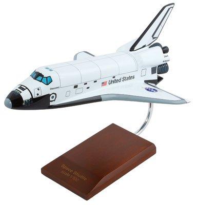 Discovery Orbiter Model
