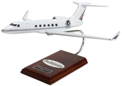 Gulfstream V Model Airplane