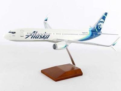 Alaska 737-900ER Model