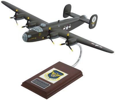 "B-24D Liberator ""HellsaDropin II"" Model"