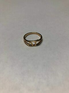 Super Savings - Delta Gamma Gold Letter Ring - GOLD