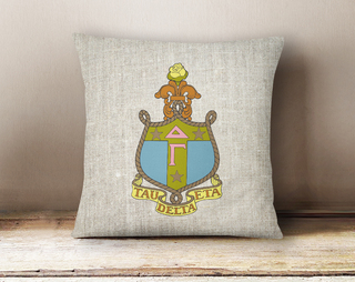 Delta Gamma Linen Crest - Shield Pillow