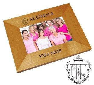 Delta Zeta Alumna Crest - Shield Frame