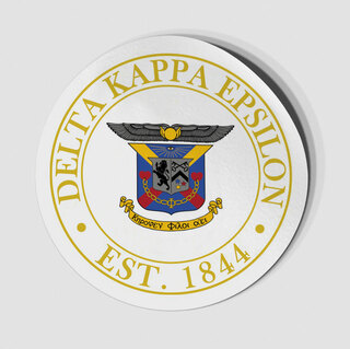 Delta Kappa Epsilon Circle Crest - Shield Decal