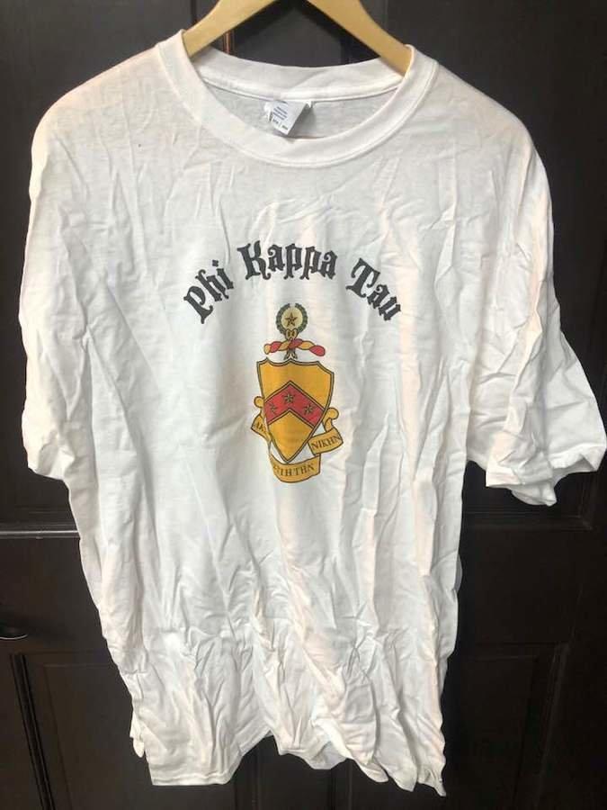 Super Savings - Phi Kappa Tau Vintage Crest Shield T-Shirt - WHITE