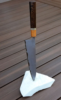 Duy Pham Floating Knife Stand