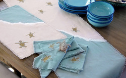 Table Runners & Placemats