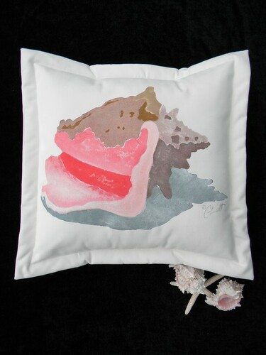 Conch Indoor/Outdoor Pillow