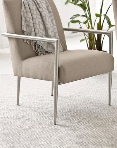 Diamond Platinum and White Indoor/Outdoor Rug