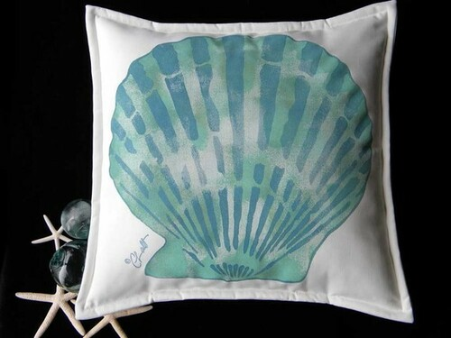Blue Scallop Indoor/Outdoor Pillow