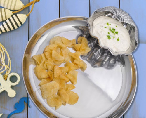 Clam Chip & Dip Tray