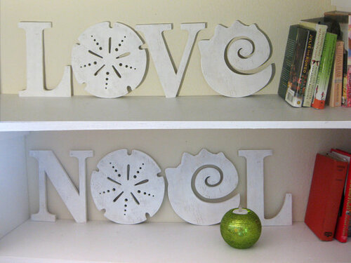Love + Noel Beach Sign