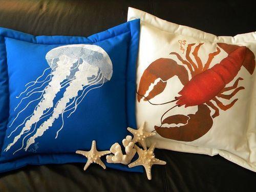 White Jellyfish on Royal Pillow