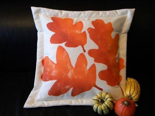 Oregon Oak Outdoor Pillow