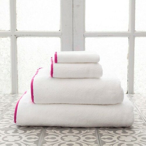 Banded White/Fuchsia Bath Towels