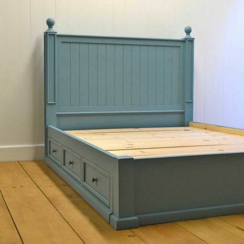 Beadboard Platform Bed
