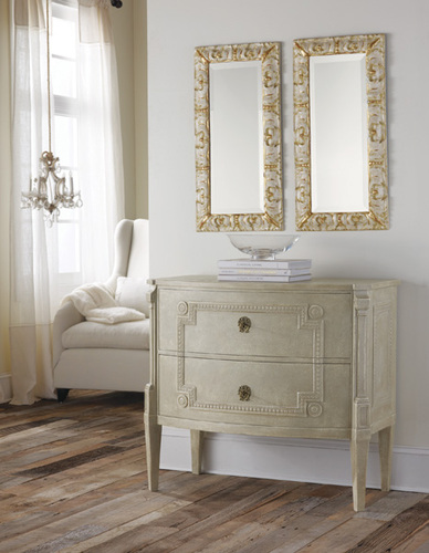 Bowfront Gustavian Commode