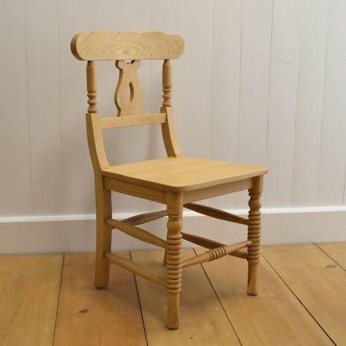 Coastal Cottage Chair
