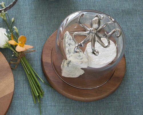 Covered Cheese/Dessert Stand with Octopus Knob