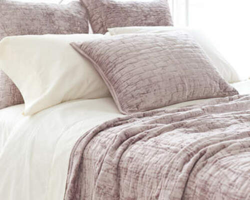 Matte Velvet Dusty Plum Quilt 20% OFF