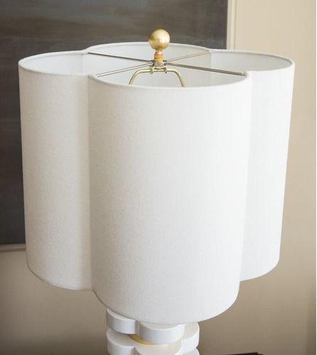 Quatrefoil Lamp in White