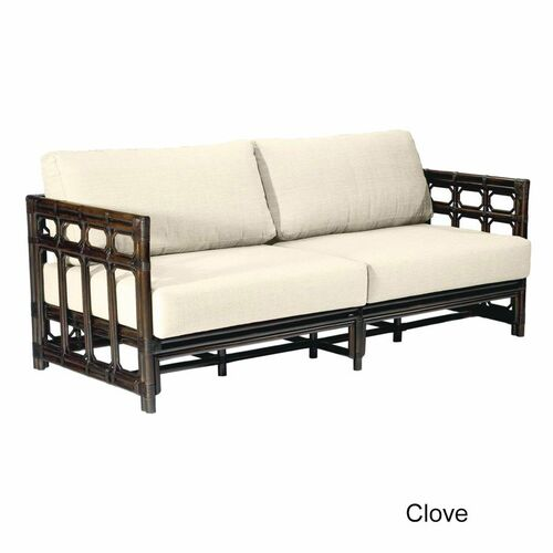 Regeant Sofa in Clove