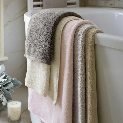 Signature Slipper Pink Bath Towels