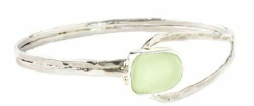 Slender Curve Sea Glass Bangle in Two Colors