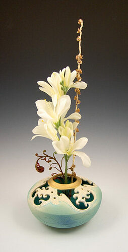 Ceramic Wave Ikebana Vase
