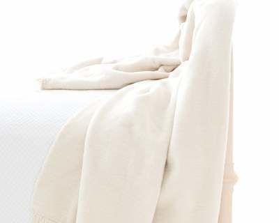 Windsor Ivory Fringed Fleece Throw