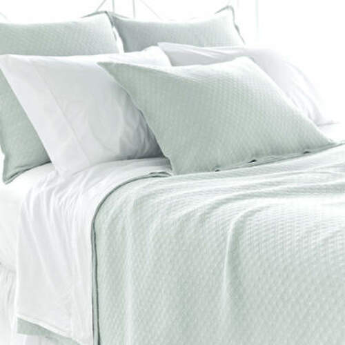 Diamond Matelasse Coverlet in Ice