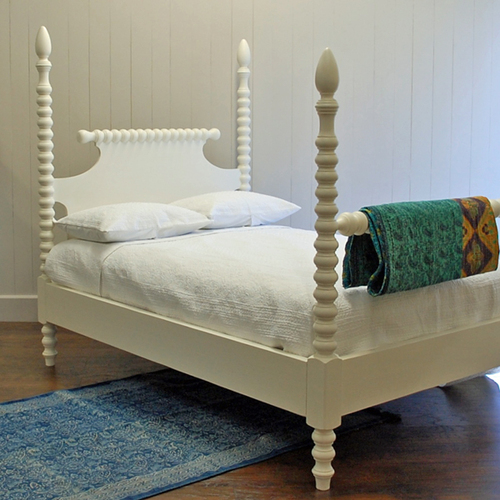 Beach Cottage Furniture Cheap: English Farmhouse Spindle Bed For Sale
